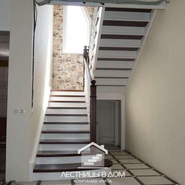 Лестница с комбинированной покраской в г. Ногинск и Московская область